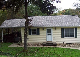Foreclosed Home en LEWIS RD, Greensburg, PA - 15601