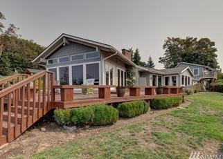 Foreclosed Home en S 214TH ST, Seattle, WA - 98198