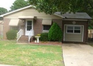 Foreclosed Home en THOMAS ST, Norfolk, VA - 23513