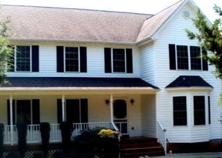 Foreclosed Home en HARTWOOD RD, Fredericksburg, VA - 22406