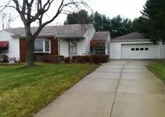 Foreclosed Home en SARAH DR, Akron, OH - 44312