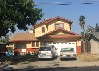 Foreclosed Home en EL VECINO AVE, Modesto, CA - 95350
