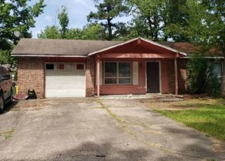 Foreclosed Home in AREHART DR, Little Rock, AR - 72209