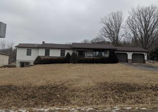 Foreclosed Home en FOUNTAIN RD, Snow Shoe, PA - 16874