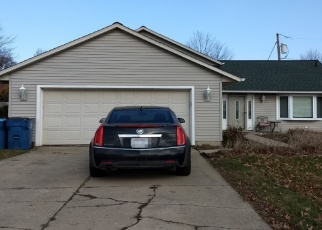 Foreclosed Home en NARRAGANSETT BLVD, Lorain, OH - 44053