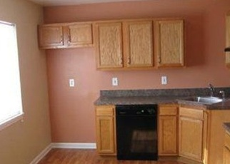 Foreclosed Home en OTIS CT, Cleveland, OH - 44104