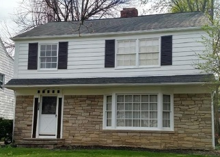 Foreclosed Home en TOLLAND RD, Beachwood, OH - 44122