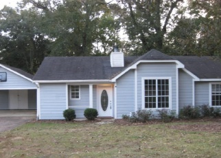 Foreclosed Home in PINEBOUGH AVE, Mobile, AL - 36695
