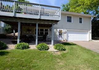 Foreclosed Home en ISLAND VIEW DR, Mound, MN - 55364