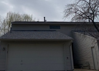 Foreclosed Home en PERRY CT E, Minneapolis, MN - 55429