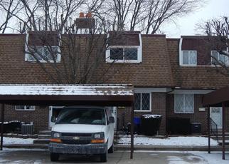 Foreclosed Home in W ARAGONA DR, Clinton Township, MI - 48036