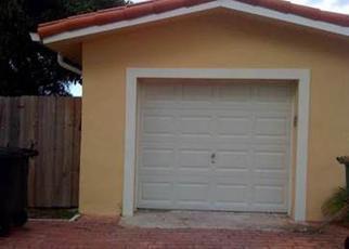 Foreclosed Home en CORONADO TER, Miami, FL - 33181
