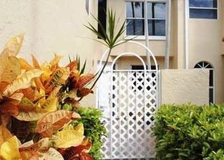 Foreclosed Home en NE 210TH ST, Miami, FL - 33180