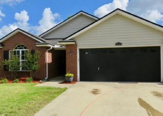 Foreclosed Home en REDTAIL DR, Jacksonville, FL - 32222