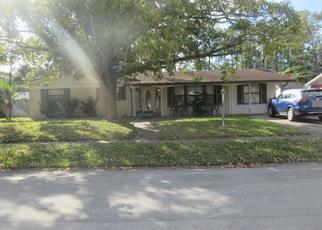 Foreclosed Home en GLORIANNE CIR E, Jacksonville, FL - 32207