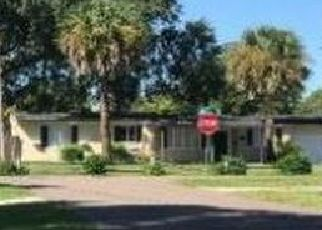 Foreclosed Home en HALIFAX RD, Jacksonville, FL - 32216