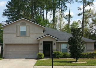 Foreclosed Home en MCGIRTS POINT BLVD, Jacksonville, FL - 32221