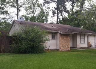 Foreclosed Home in SHARBETH DR S, Jacksonville, FL - 32210