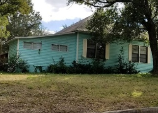 Foreclosed Home en W DESOTO ST, Clermont, FL - 34711