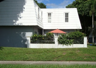 Foreclosed Home en SHAKER CIR, West Palm Beach, FL - 33414