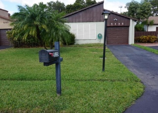 Foreclosed Home en MIRROR LAKES BLVD, Boynton Beach, FL - 33472