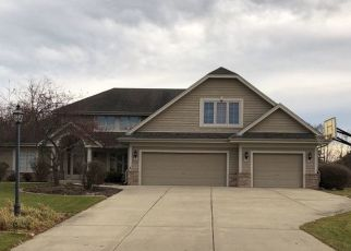 Foreclosed Home en S NICOLET DR, New Berlin, WI - 53151