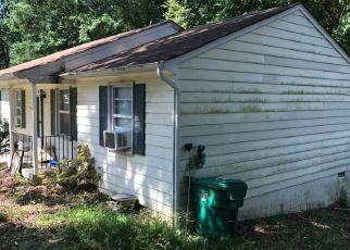 Foreclosed Home en GREATBRIDGE RD, Richmond, VA - 23237