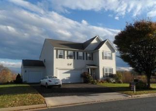 Foreclosed Home en POST OAK DR, Culpeper, VA - 22701