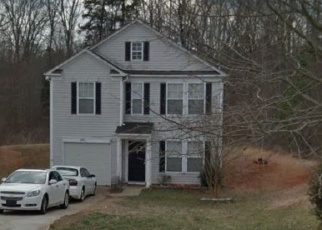 Foreclosed Home in WICKED OAK LN, Charlotte, NC - 28216