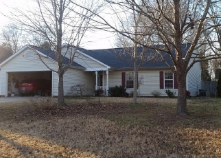 Foreclosed Home in CINNAMON FIELD RD, Charlotte, NC - 28273