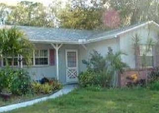 Foreclosed Home en WINEWOOD DR, Sarasota, FL - 34232