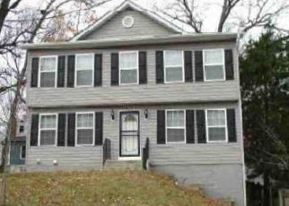Foreclosed Home en QUO AVE, Capitol Heights, MD - 20743