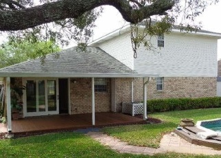 Foreclosed Home in VALLE ESCONDIDO DR, Pensacola, FL - 32526