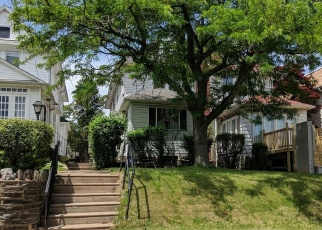 Foreclosed Home en GUENTHER AVE, Lansdowne, PA - 19050