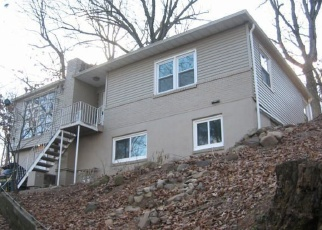 Foreclosed Home in TERRACE DR, Nyack, NY - 10960
