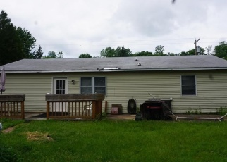 Foreclosed Home en MADISON AVE, Brewerton, NY - 13029