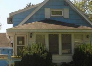 Foreclosed Home en GARDEN CITY DR, Syracuse, NY - 13211