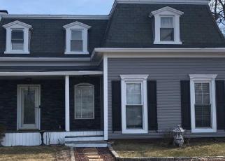 Casa en ejecución hipotecaria in Islip, NY, 11751,  WATSON PL ID: P1314959