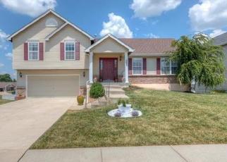Foreclosed Home en STONE RUN BLVD, Wentzville, MO - 63385