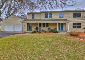 Foreclosed Home en OX YOKE CIR, Maple Plain, MN - 55359