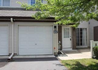 Foreclosed Home en WILSHIRE CIR, Saint Paul, MN - 55126