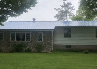 Foreclosed Home en N COUNTY LINE RD, Morley, MI - 49336