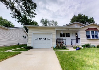 Foreclosed Home in RIDGEDALE DR, Decatur, IL - 62521