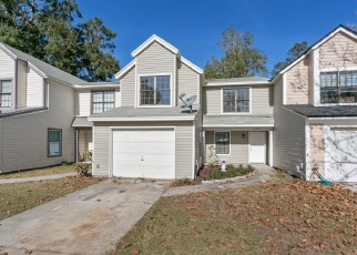Foreclosed Home en TROTTING HORSE LN, Jacksonville, FL - 32225