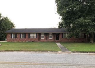 Foreclosed Home en PEACHTREE ST, Valdosta, GA - 31605