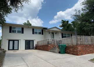 Foreclosed Home en N CHEROKEE AVE, Deland, FL - 32724
