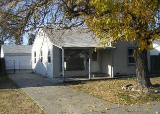 Foreclosed Home en N FUNSTON AVE, Stockton, CA - 95205