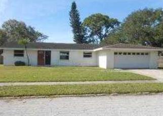 Foreclosed Home en VERMONT AVE E, Bradenton, FL - 34208