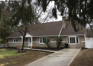 Casa en ejecución hipotecaria in Bay Shore, NY, 11706,  HURON DR ID: P1322286