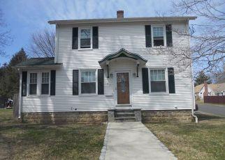 Casa en ejecución hipotecaria in Milford, CT, 06460,  EDGEMONT RD ID: P1322382